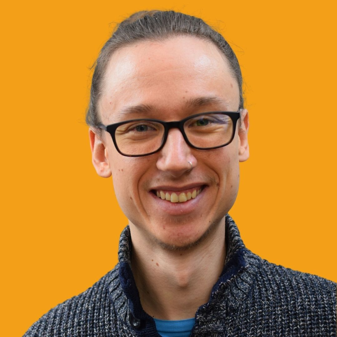 Dennis Lenhardt - Digital Marketer, Social Media Manager, SEO and Blogging Expert